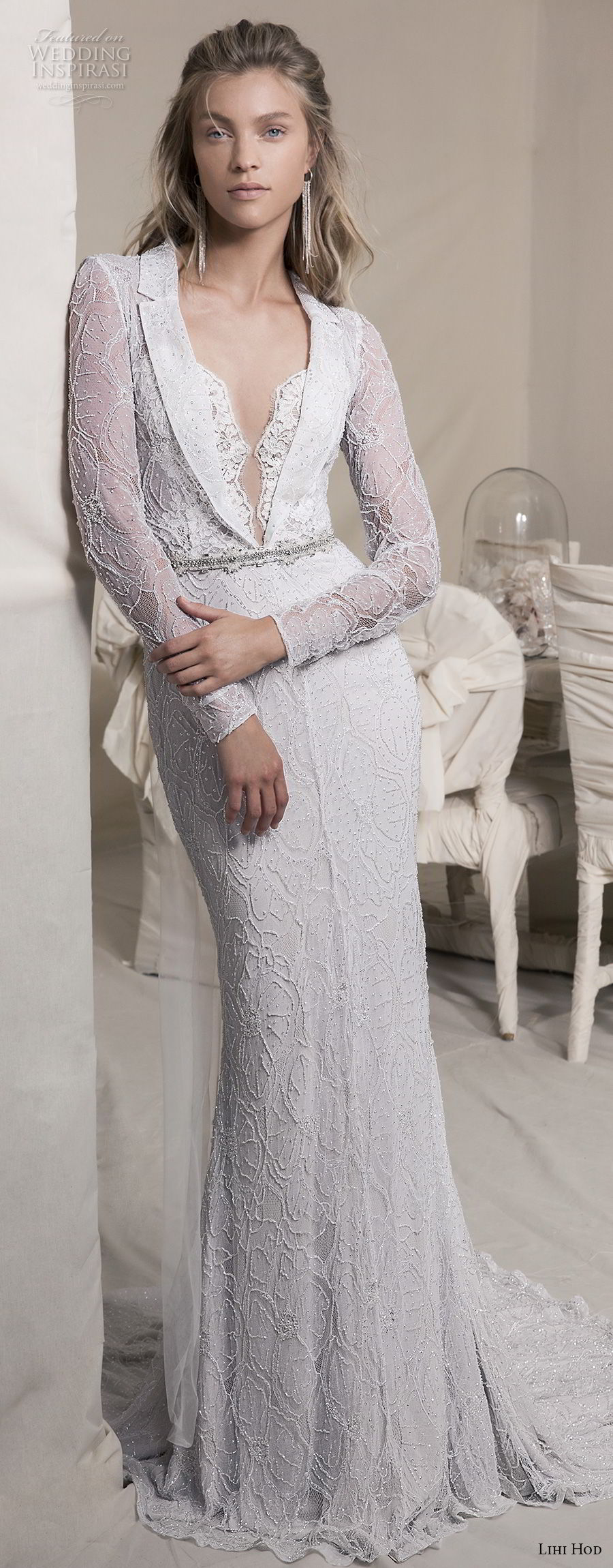 lihi hod 2018 bridal long sleeves notched collar deep v neck full embellishment elegant fit and flare sheath wedding dress covered lace back sweep train (12) mv fv