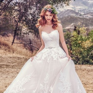 maggie sottero fall 2017 bridal wedding inspirasi featured wedding gowns dresses collection