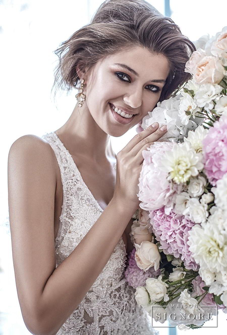 maison signore 2017 bridal sleeveless deep plunging sweetheart neckline full embellishment elegant romantic a  line wedding dress open back chapel train (doris) zv
