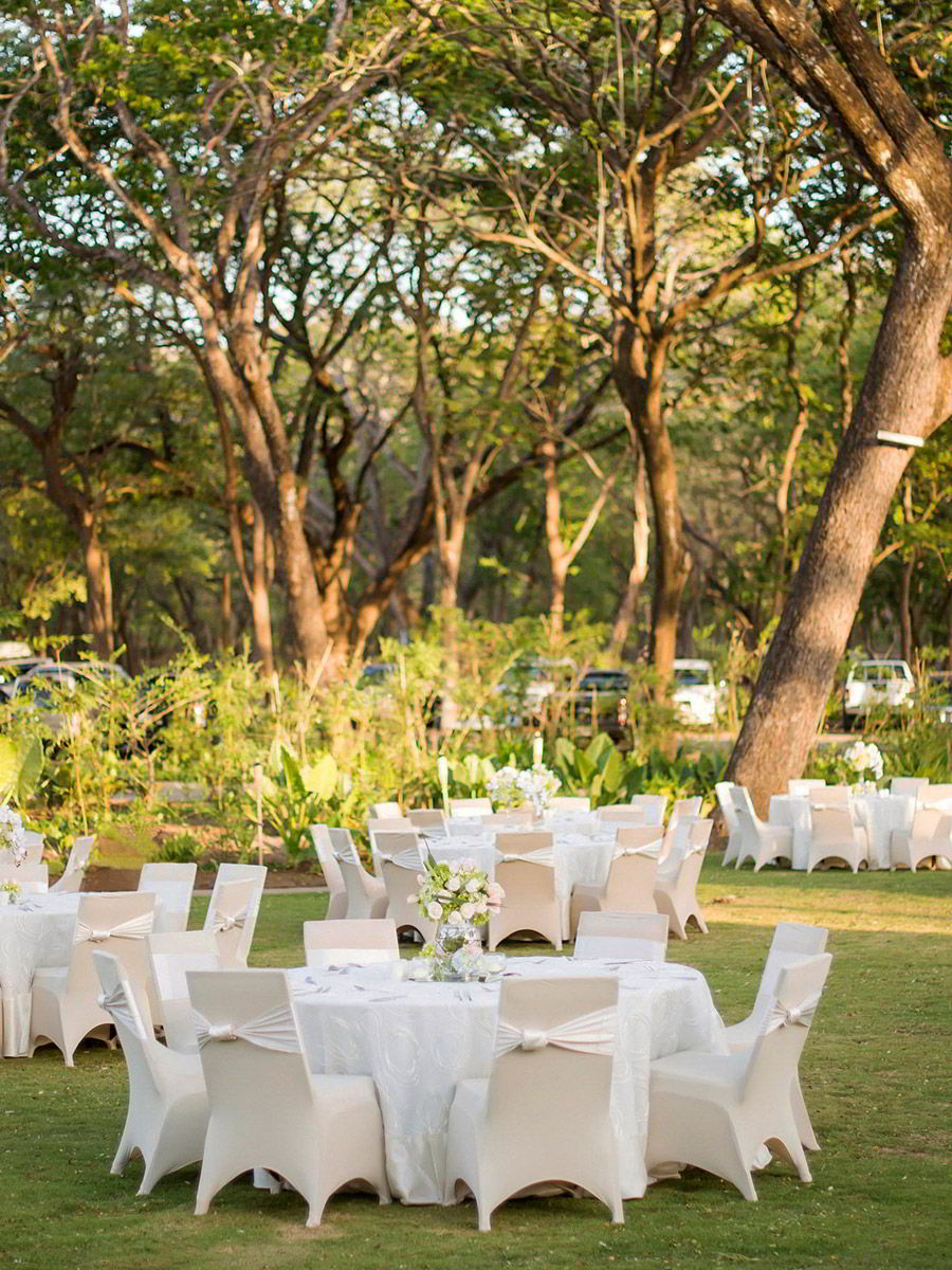 marriott el mangroove guanacaste costa rica honeymoon destination wedding venue wedding outdoor table setting