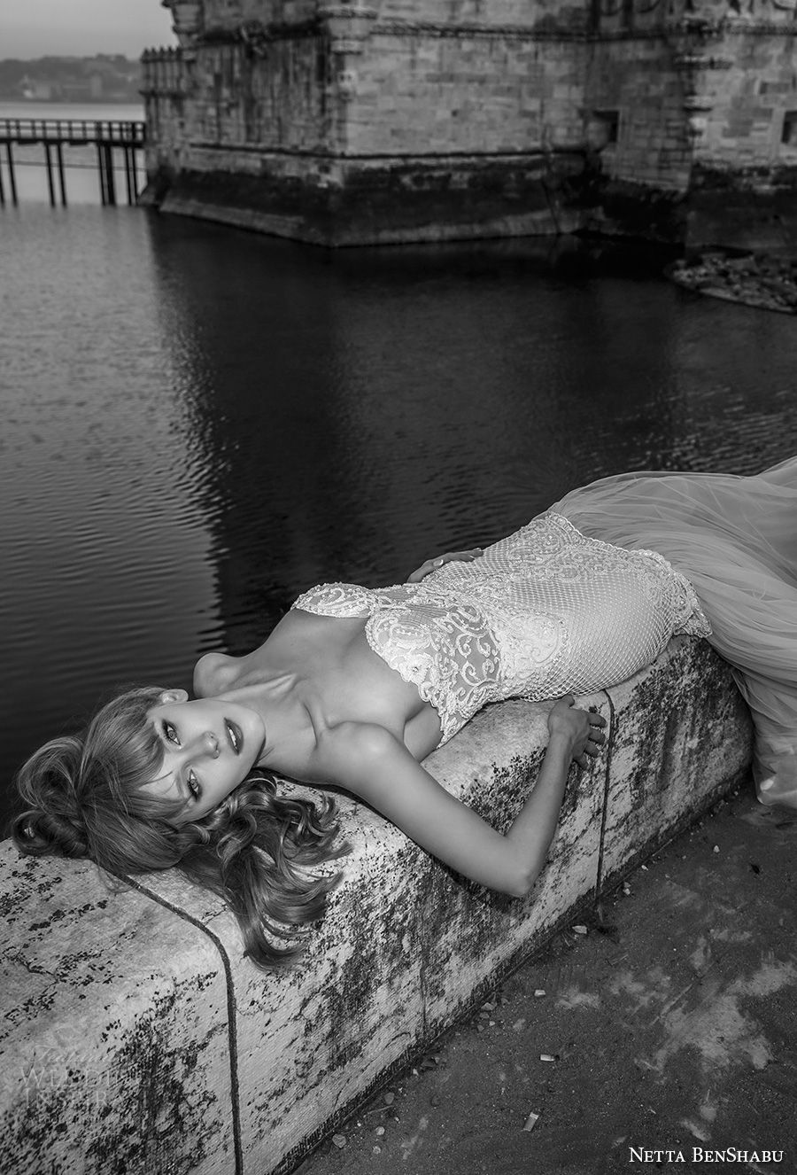 netta benshabu 2017 bridal strapless sweetheart neckline heavily embellished bodice elegant sexy mermaid wedding dress chapel train (27) mv