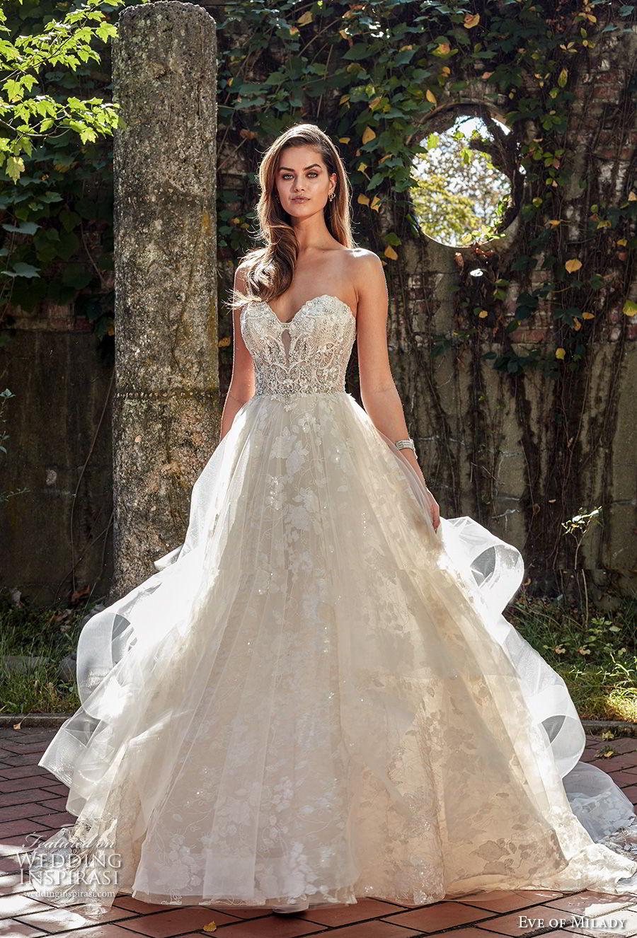 eve of milady spring 2018 bridal strapless sweetheart neckline heavily embellished beaded bodice romantic princess a line wedding dress chapel train (4) mv