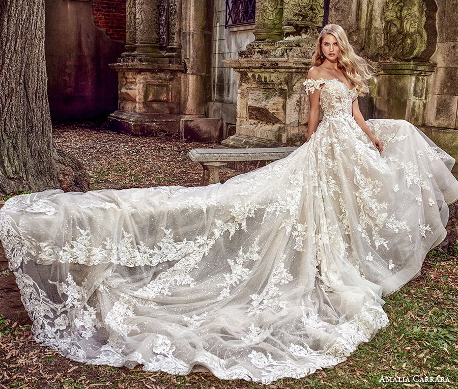 Pictures Of Gowns For Wedding: Amalia Carrara Spring 2018 Wedding Dresses
