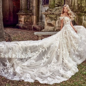 amalia carrara spring 2018 bridal wedding inspirasi featured wedding gowns dresses collection bridal fashion