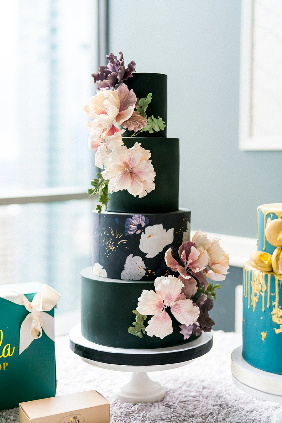 black 4 tier pink floral wedding cake (3) mv