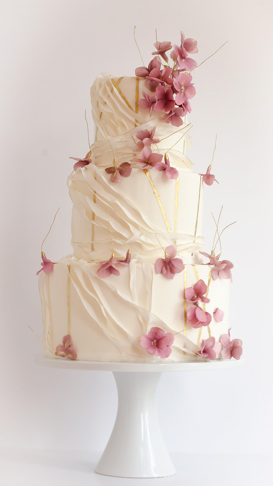 cream 3 tier pink floral wedding cake (21) mv