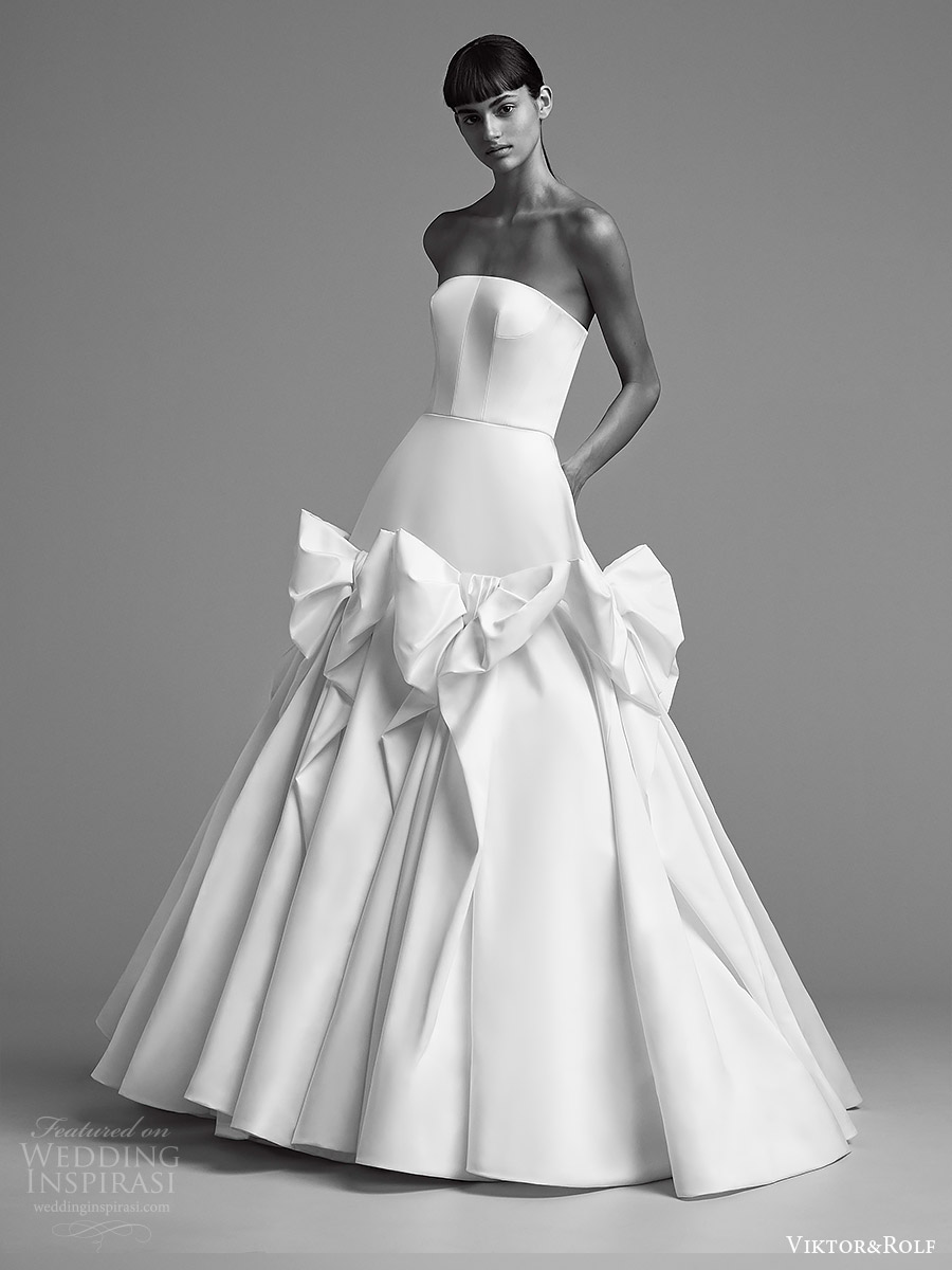 viktor and rolf fall 2018 bridal strapless straight across ball gown wedding dress (9) mv romantic modern