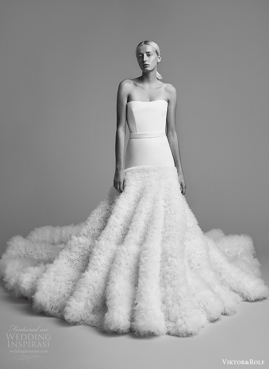 viktor and rolf fall 2018 bridal strapless straight across neckline ruffle skirt a line wedding dress (9) mv romantic modern