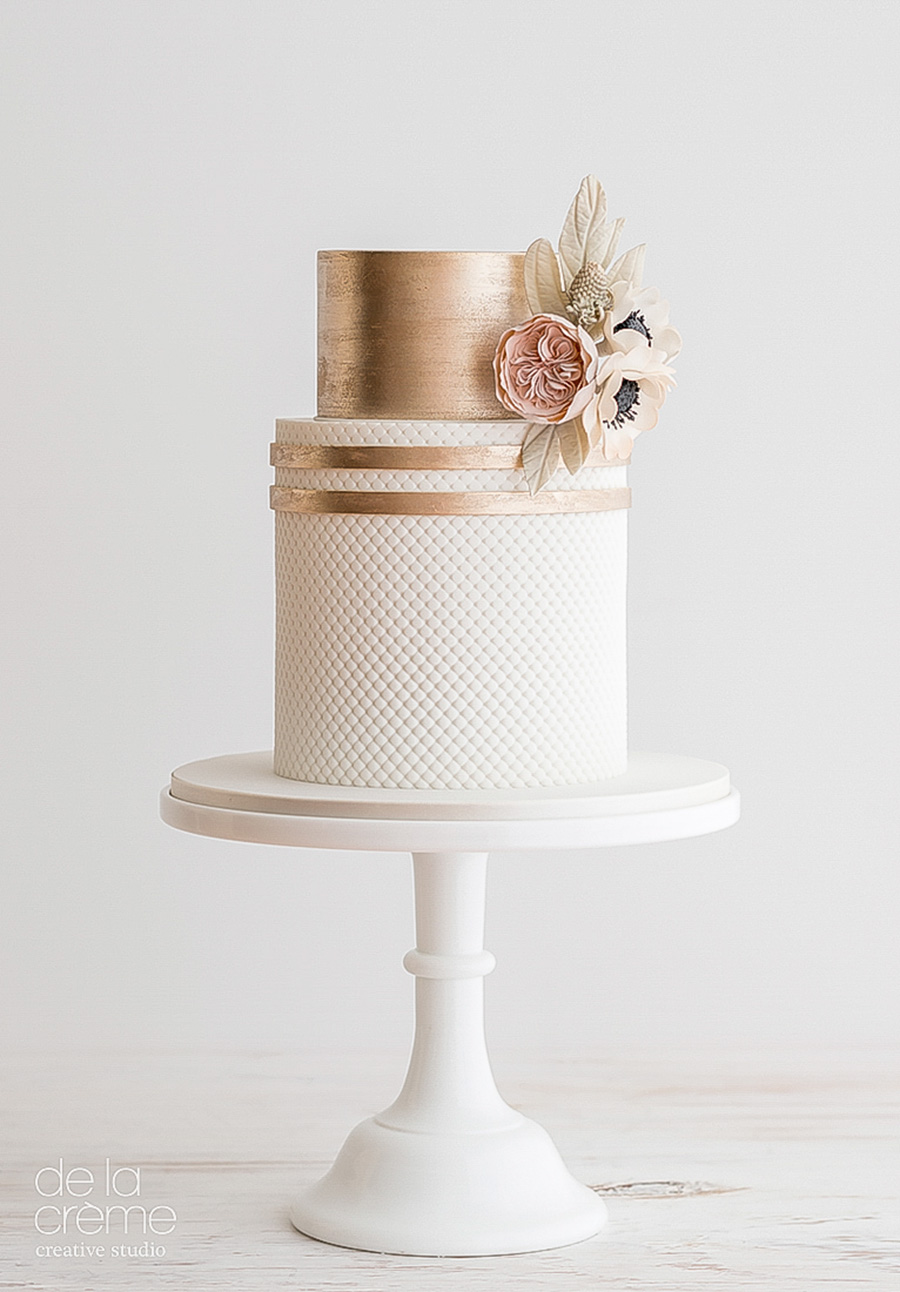 white gold 2 tier wedding cake (10) mv