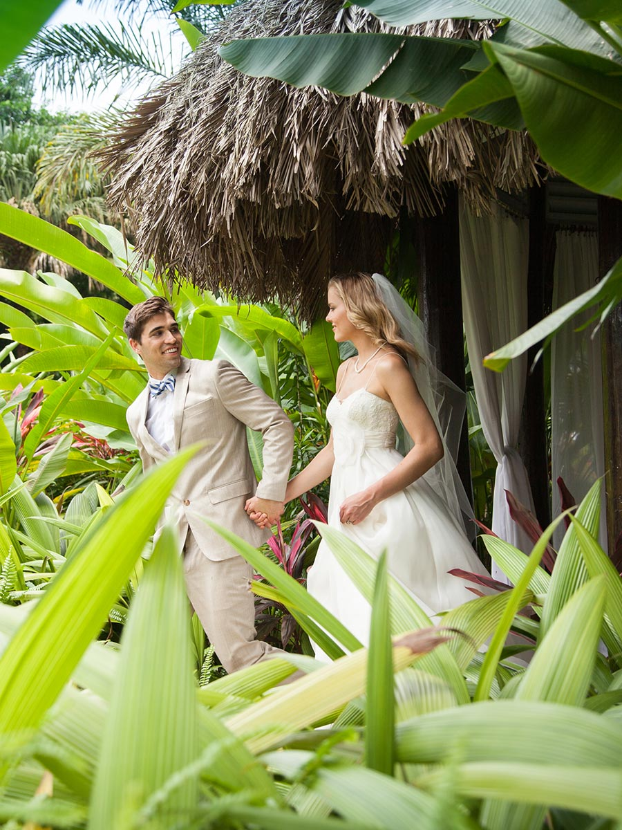 apple vacations jamaica destination wedding couples resorts negril tropical wedding portrait gazebo