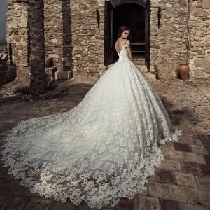 corona borealis 2018 bridal wedding inspirasi featured wedding gowns dresses collection