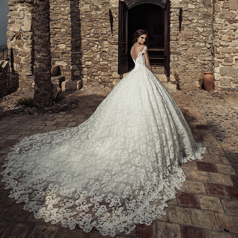 Pictures Of Gowns For Wedding: Corona Borealis 2018 Wedding Dresses