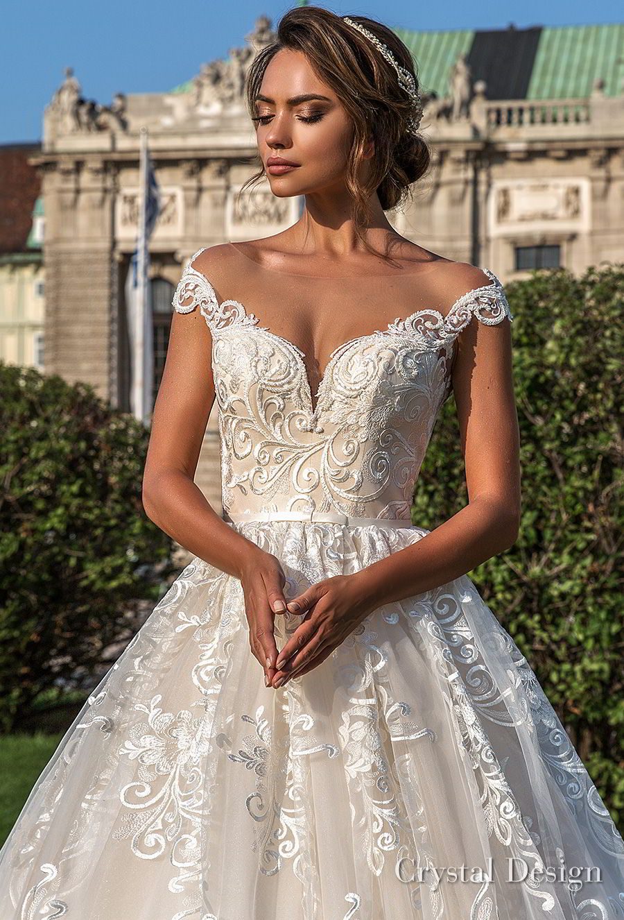 crystal design 2018 cap sleeves sweetheart neckline full embellishment romantic princess ball gown wedding dress sheer button back chapel train (steffani) zv