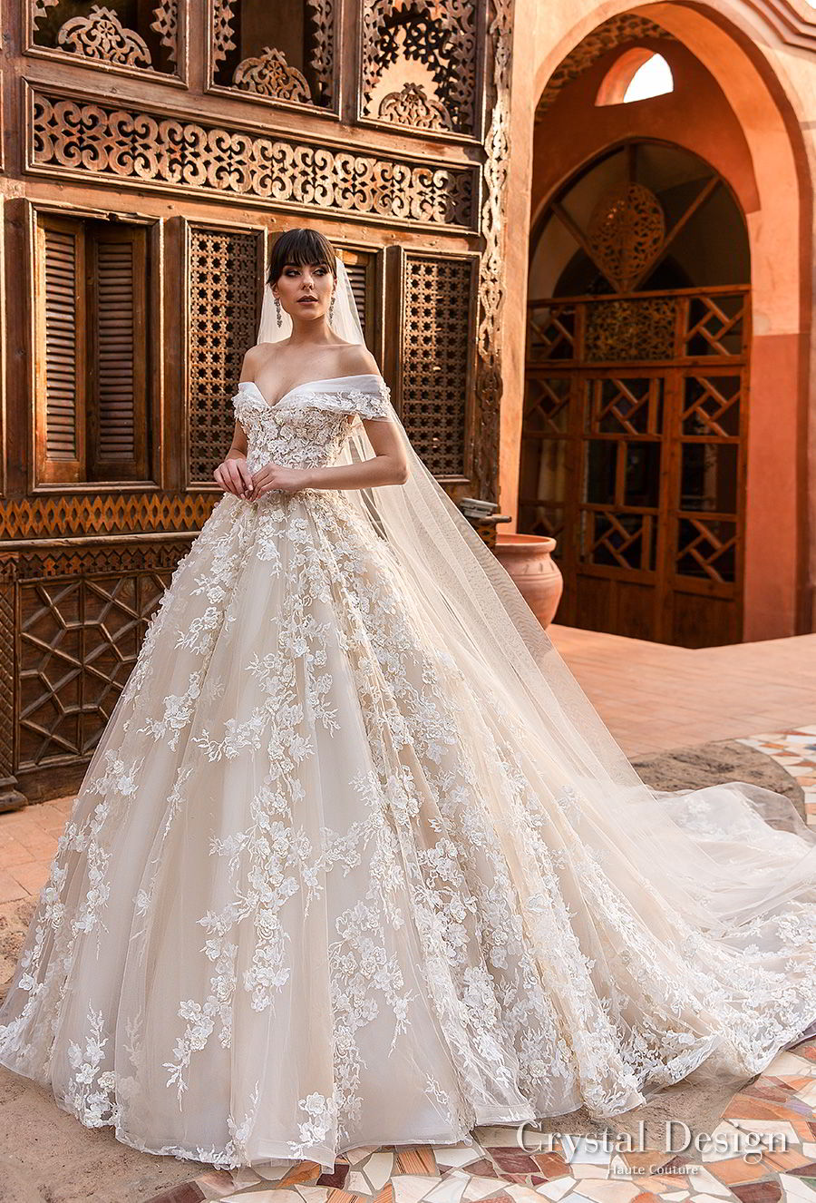Crystal design 2018 wedding dresses royal garden for British wedding dress designers