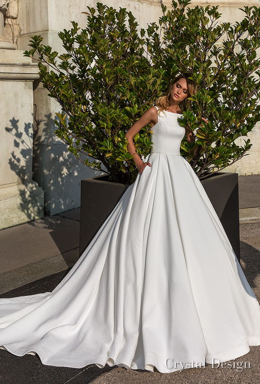 b9963b7d0e33 crystal design 2018 sleeveless bateau neck simple romantic a line wedding  dress with pockets open strap