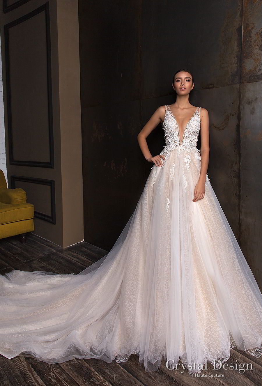 crystal design 2018 sleeveless deep v neck heavily embellished bodice tulle skirt a  line wedding dress long train (torri) mv