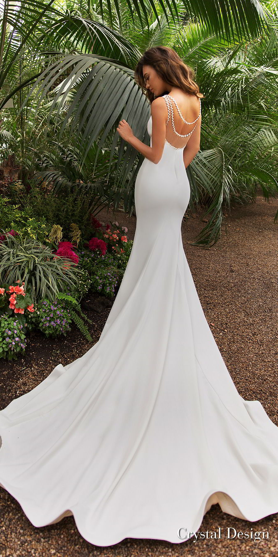 crystal design 2018 sleeveless deep v neck simple clean fit and flare wedding dress sheer back chapel train (candle) bv
