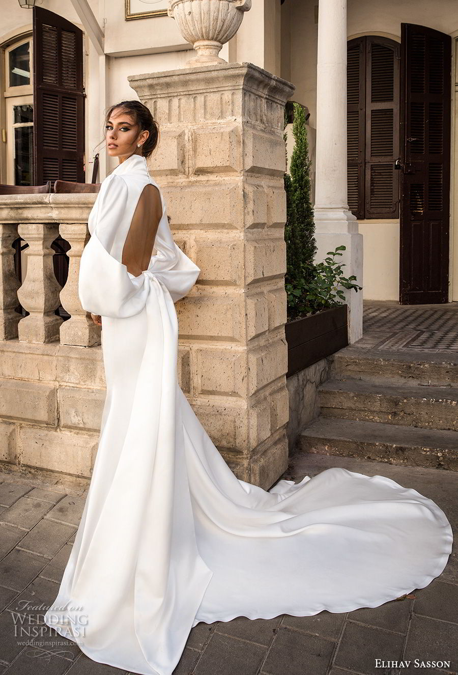 elihav sasson 2018 capsule bridal long mutton sleeves queen anne plunging v neck simple clean modern sheath wedding dress keyhole back long train (15) sdv