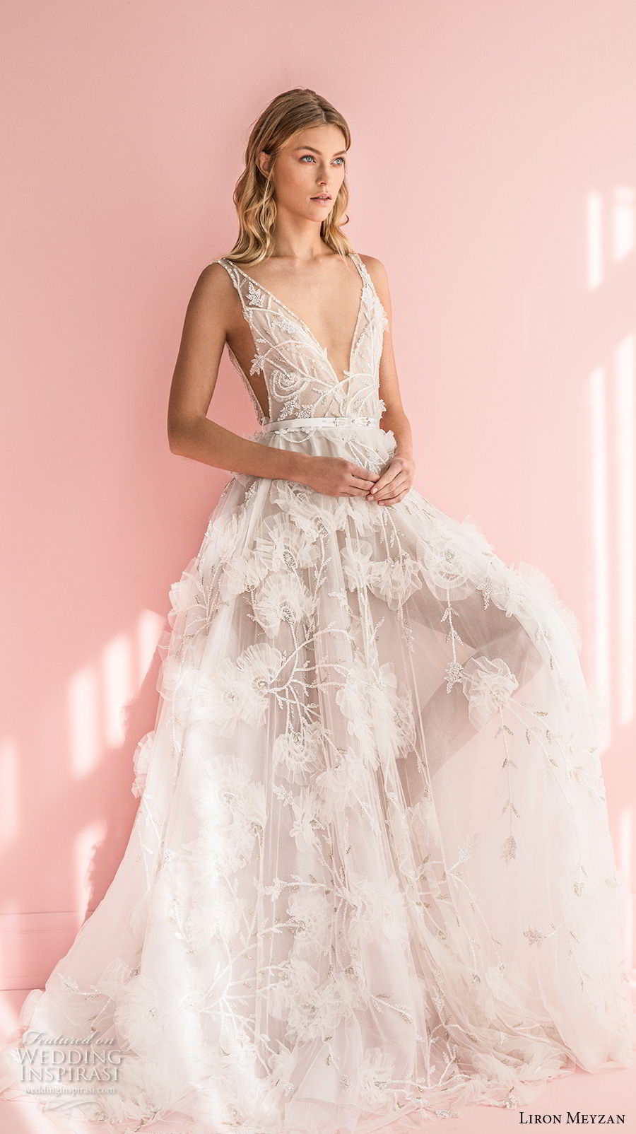 liron meyzan 2018 bridal sleevelesss deep v neck full embellishment side open romantic a  line wedding dress sweep train (3) mv