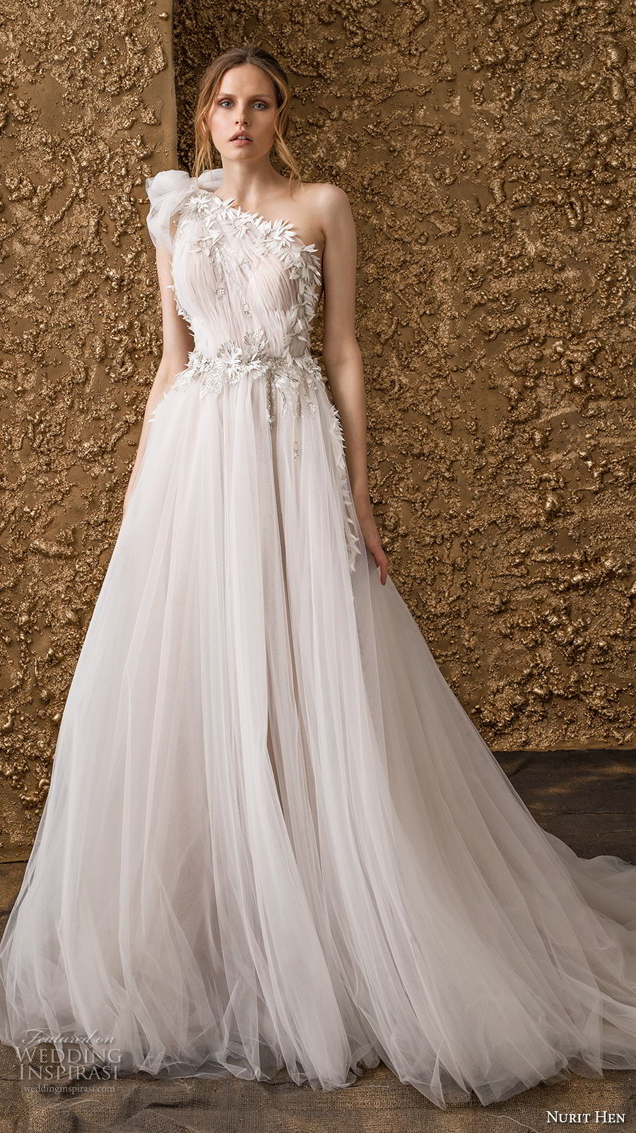 nurit hen 2018 bridal one shoulder ruched bodice tulle skirt romantic soft a  line wedding dress chapel train (3) mv