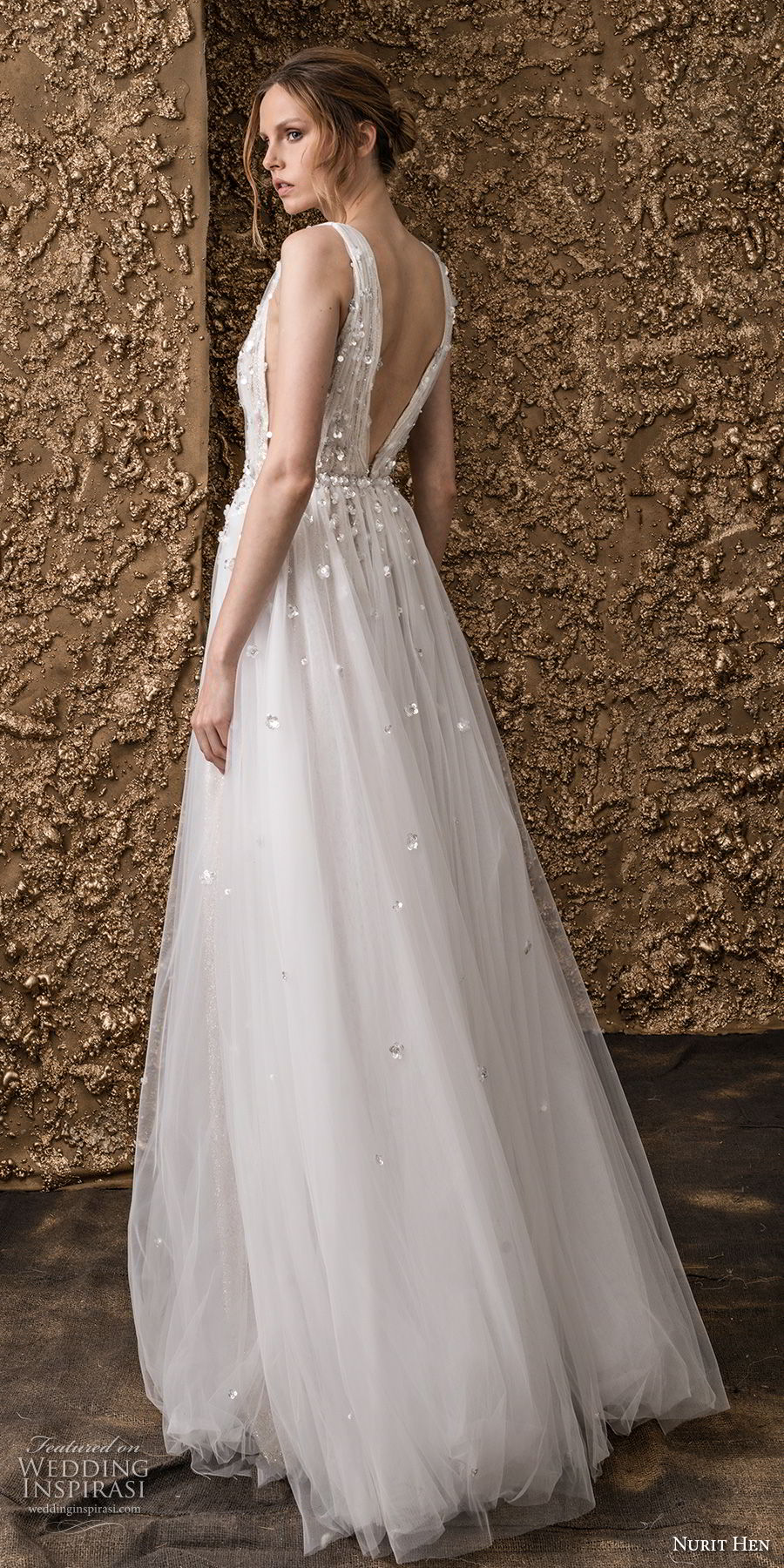 nurit hen 2018 bridal sleeveless deep v neck heavily embellished bodice side open romantic soft a  line wedding dress open v back sweep train (5) bv
