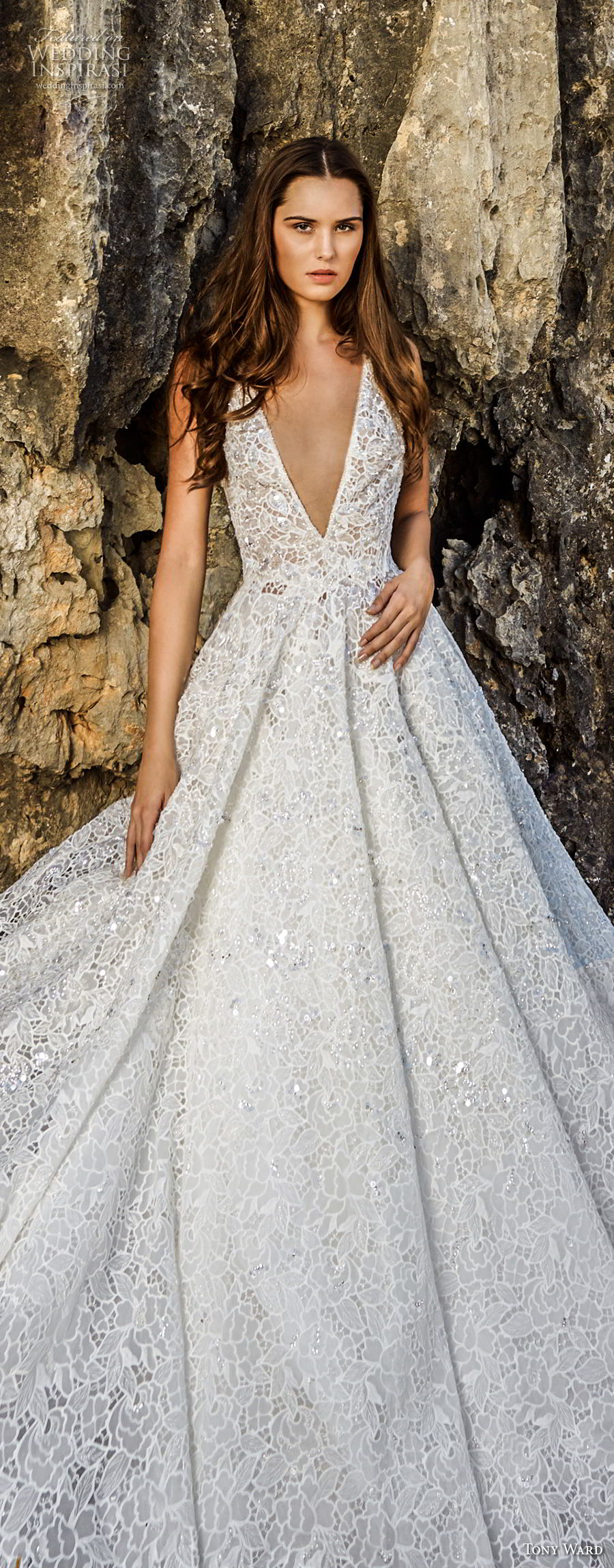 tony ward fall 2018 bridal sleeveless deep v neck full embellishment romantic a  line wedding dress (17) lv