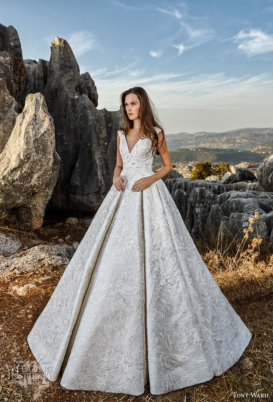 tony ward fall 2018 bridal sleeveless v neck full embellishment princess glamorous a  line wedding dress sweep train (4) mv