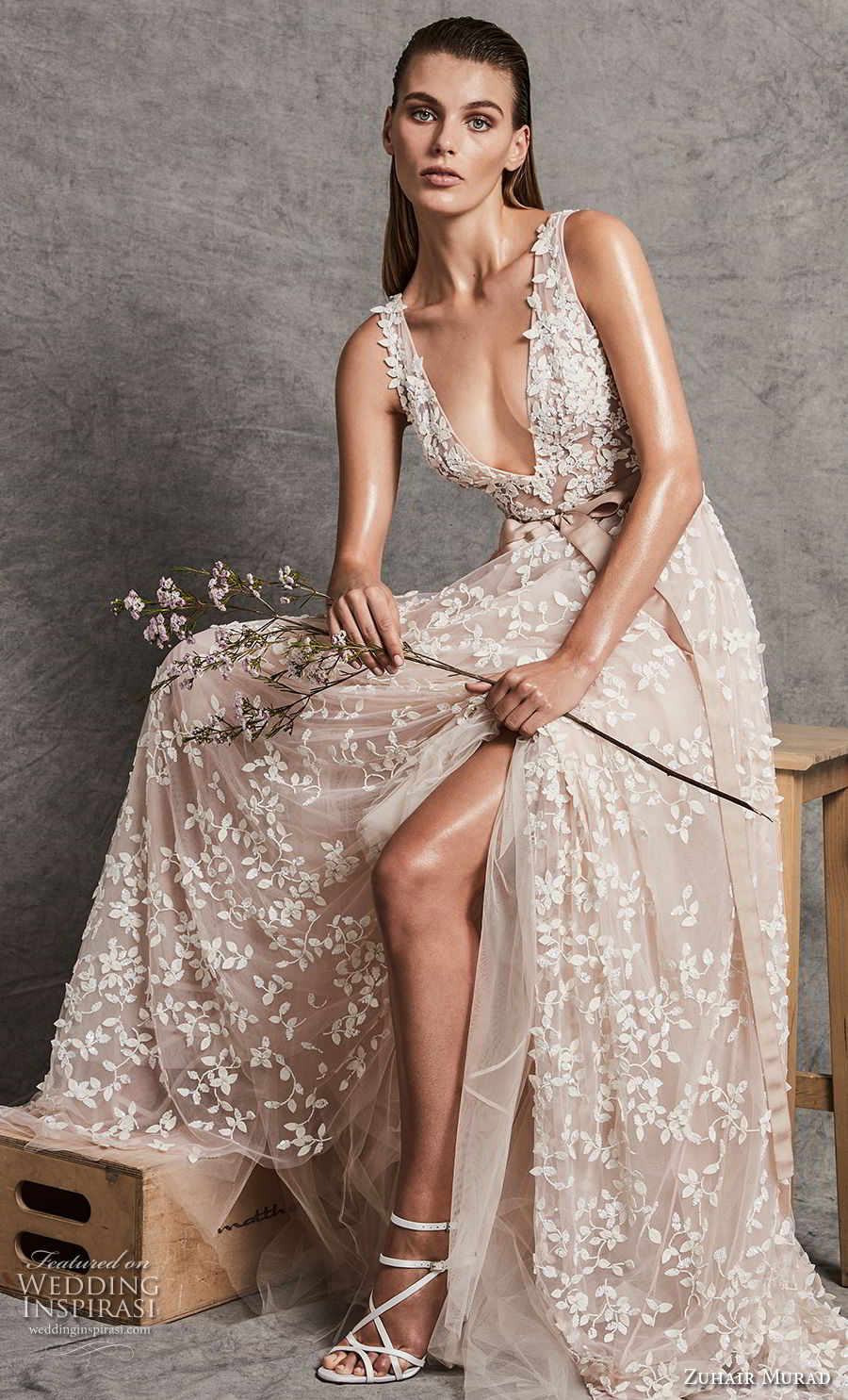 zuhair murad fall 2018 bridal sleeveless deep v neck full embellishment slit skirt romantic sexy ivory a line wedding dress (13) mv