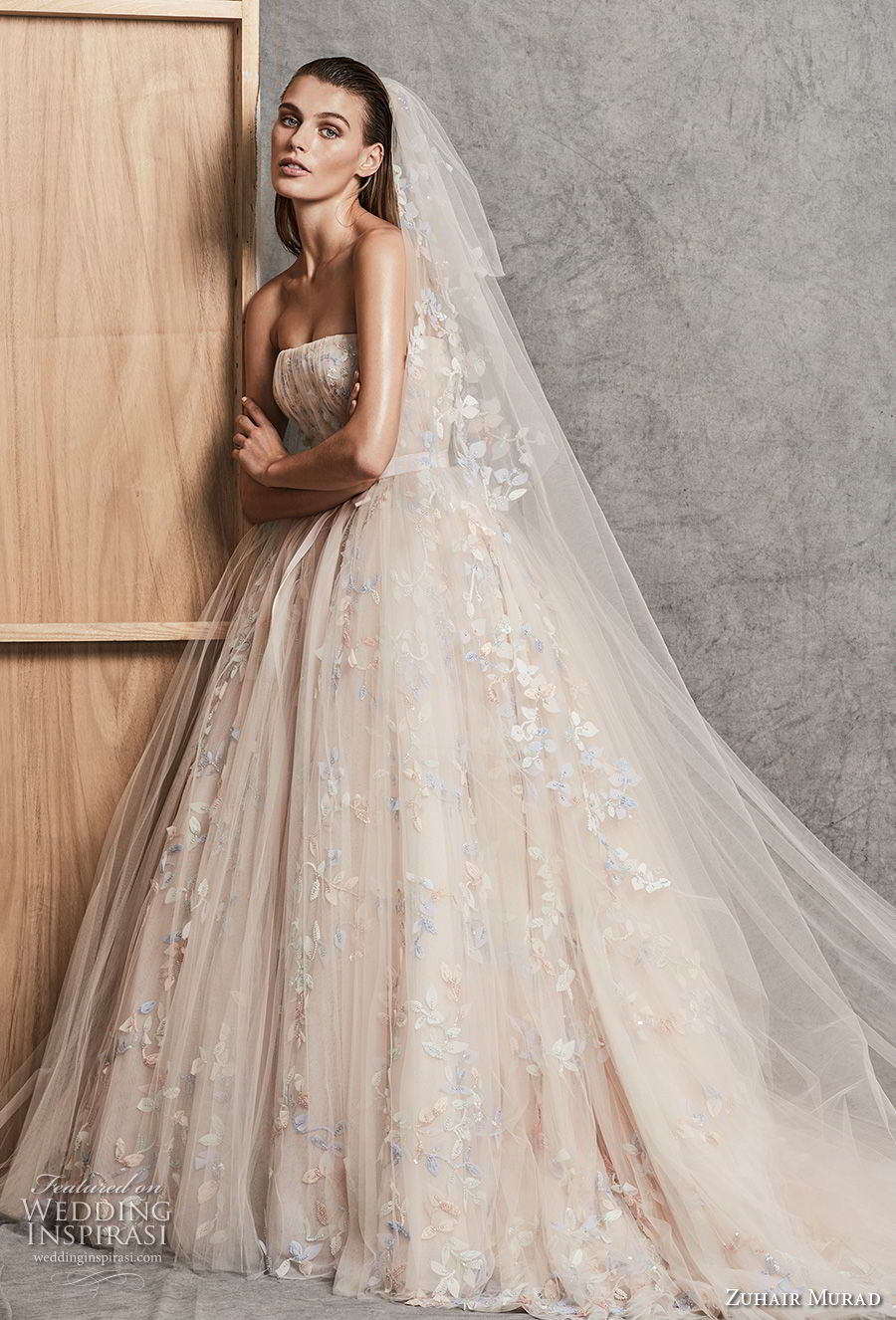 zuhair murad fall 2018 bridal strapless straight across neckline ruched bodice romantic princess blush ball gown wedding dress chapel train (11) mv