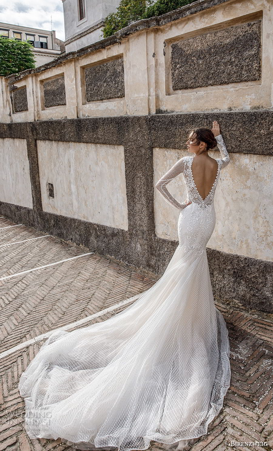 birenzweig 2018 bridal long sleeves deep plunging sweetheart neckline full embellishment elegant sexy fit and flare wedding dress open v back chapel train (11) bv