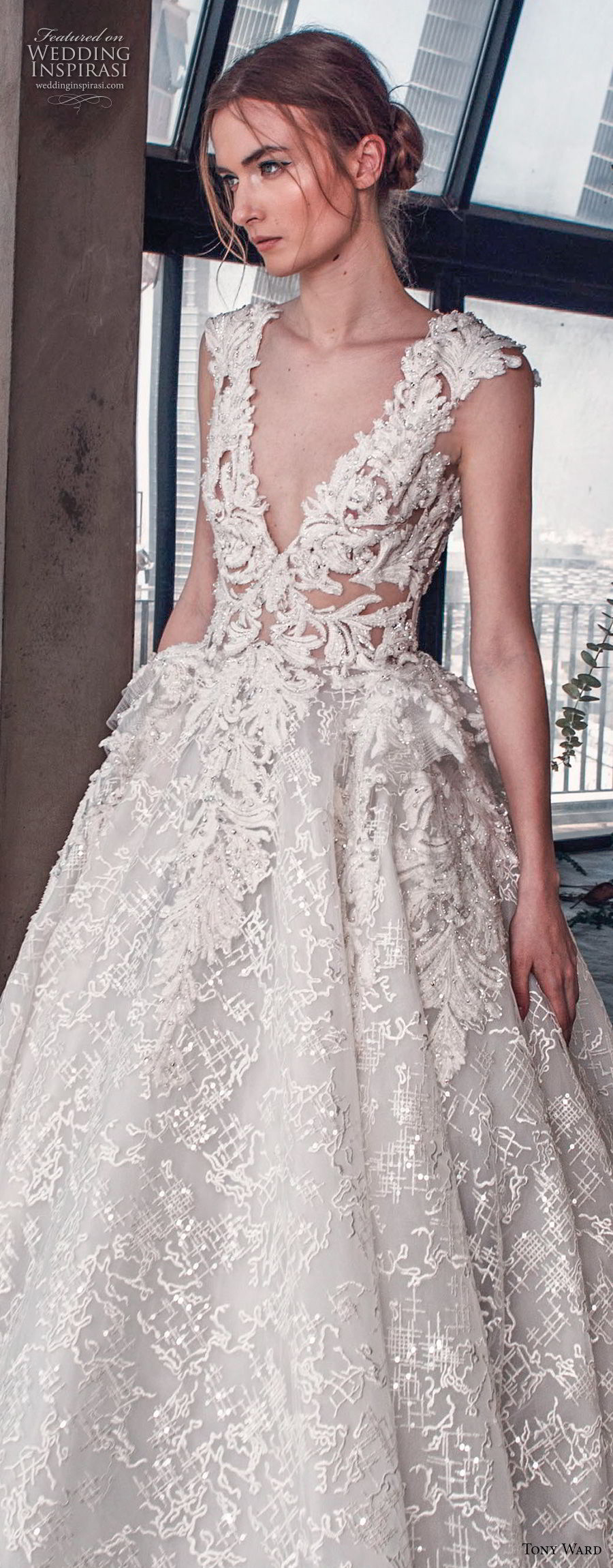 tony ward mariee 2019 cap sleeves deep v neck full embellishment romantic princess ball gown a  line wedding dress royal train (5) zv