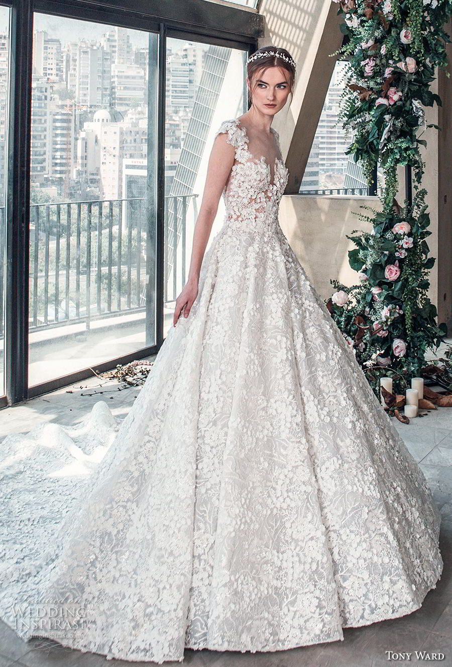 tony ward mariee 2019 cap sleeves sweetheart neckline full embellishment romantic princess ball gown a  line wedding dress chapel train (6) mv