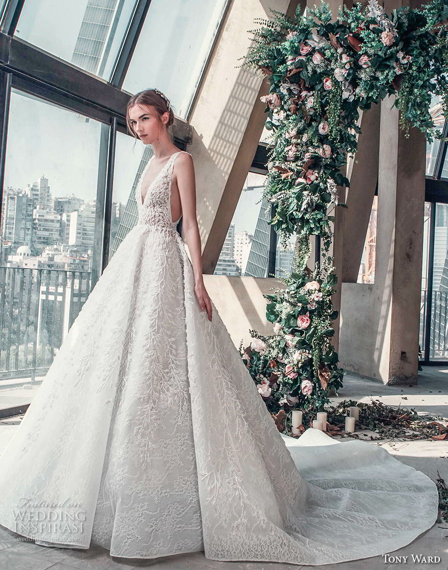 tony ward mariee 2019 sleeveless deep v neck full embellishment open side princess romantic a  line wedding dress chapel train (4) mv