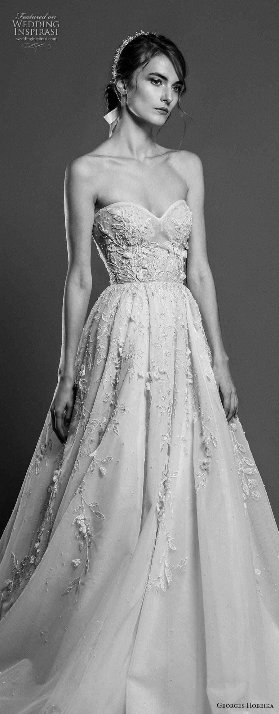 georges hobeika spring 2019 bridal strapless sweetheart neckliness heavily embellished bodice romantic a line wedding dress chapel train (2) zv