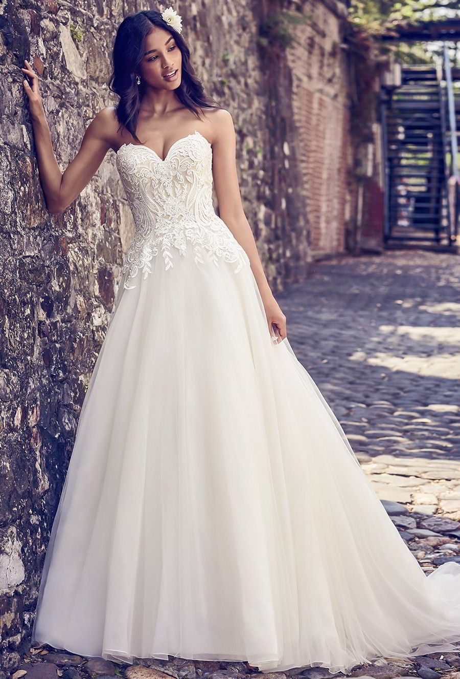maggie sottero 2018 gold dress (rayna) strapless sweetheart lace bodice ball gown wedding dress romantic champagne mv