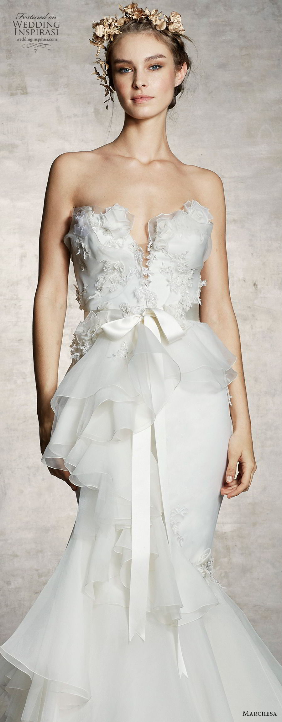marchesa spring 2019 bridal strapless plunging sweetheart neckline heavily embellished bodice peplum elegant romantic mermaid wedding dress (10) lv