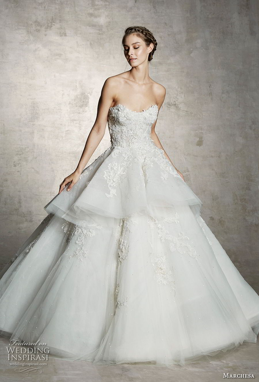 marchesa spring 2019 bridal strapless sweetheart neckline heavily embellished bodice tiered skirt romantic princess a  line ball gown wedding dress (6) mv