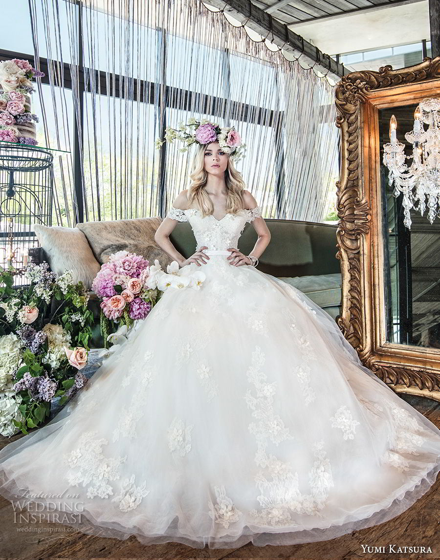 yumi katsura spring 2019 bridal off the shoulder sweetheart neckline light embellishment romantic princess ball gown a  line wedding dress chapel train (5) mv