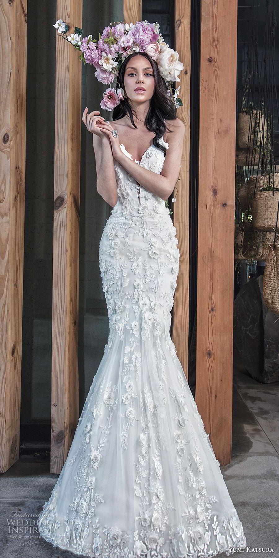 yumi katsura spring 2019 bridal sleeveless thin strap deep plunging sweetheart neckline full embellishment romantic mermaid wedding dress chapel train (16) zv