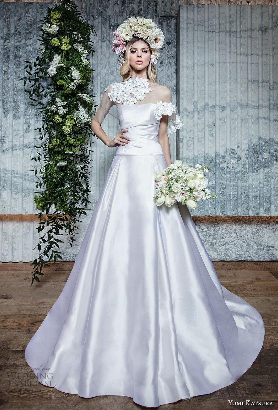 yumi katsura spring 2019 bridal strapless semi sweetheart neckline simple clean minimalist elegant a  line wedding dress with bolero chapel train (14) mv
