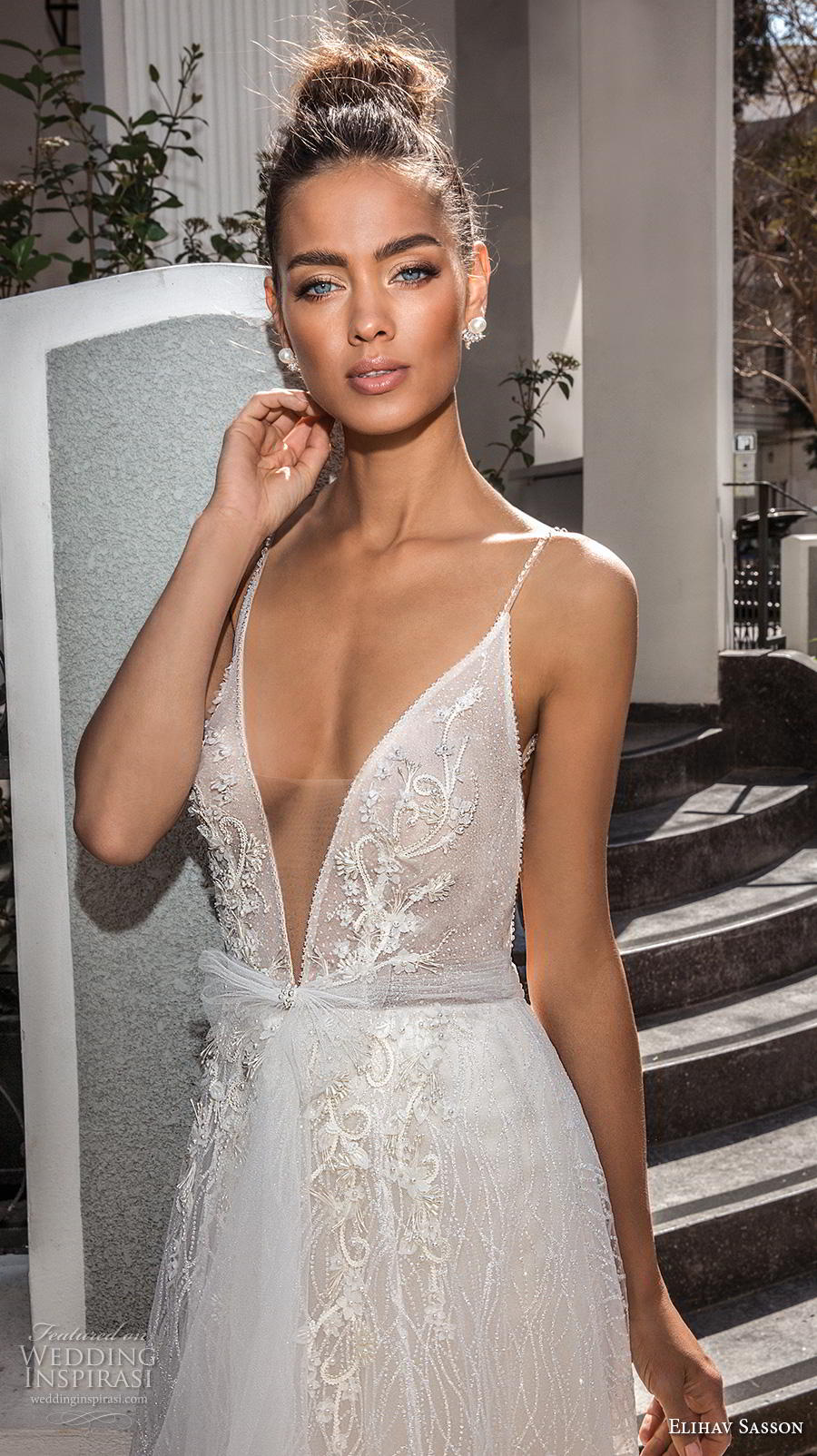 elihav sasson 2019 bridal sleeveless spaghetti strap deep plunging v neck full embellishment romantic sexy a line wedding dress backless royal train (14) zv