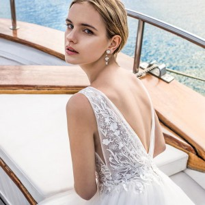 demetrios 2019 romance bridal wedding inspirasi featured wedding gowns dresses and collection
