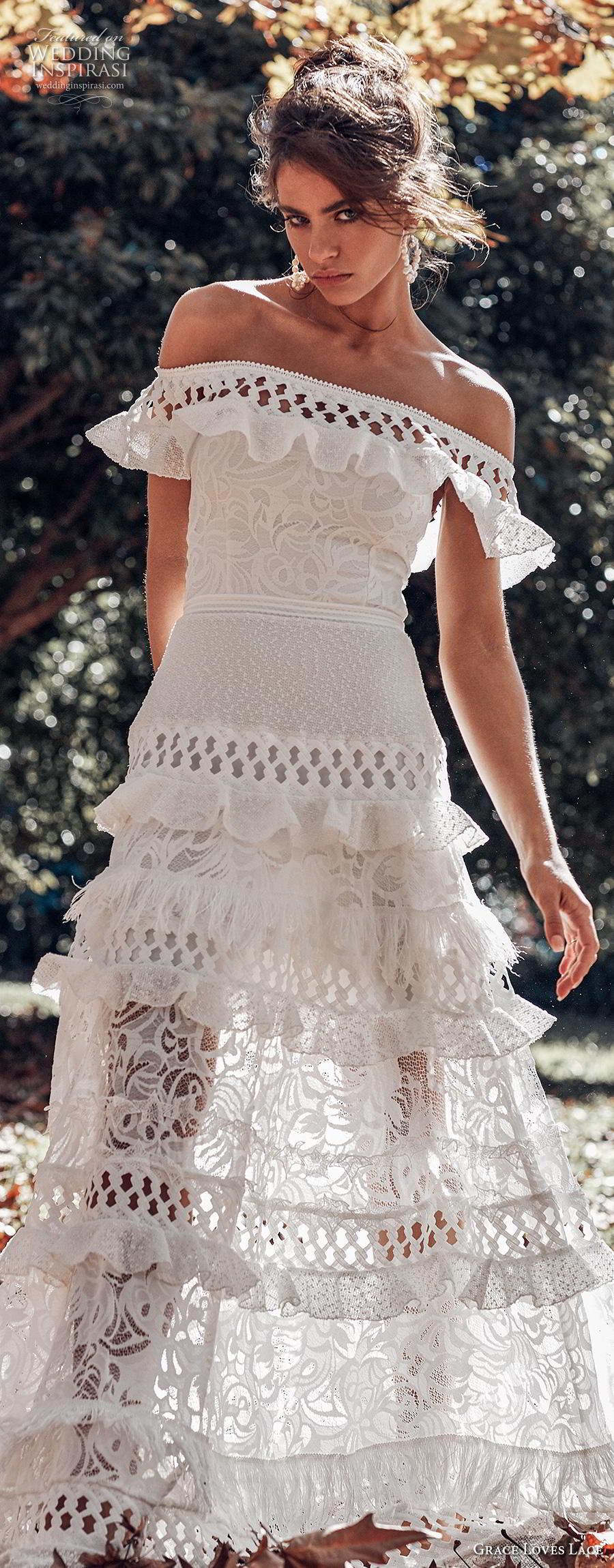 696d41b915 Bohemian Lace Wedding Dress Short