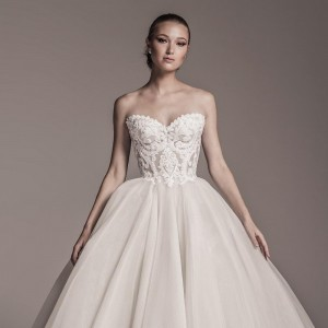 mark bumgarner fall 2018 bridal wedding inspirasi featured wedding gowns dresses and collection
