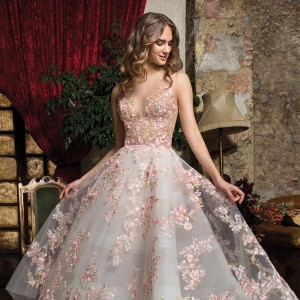 cosmobella 2019 bridal wedding inspirasi featured wedding gowns dresses and collection