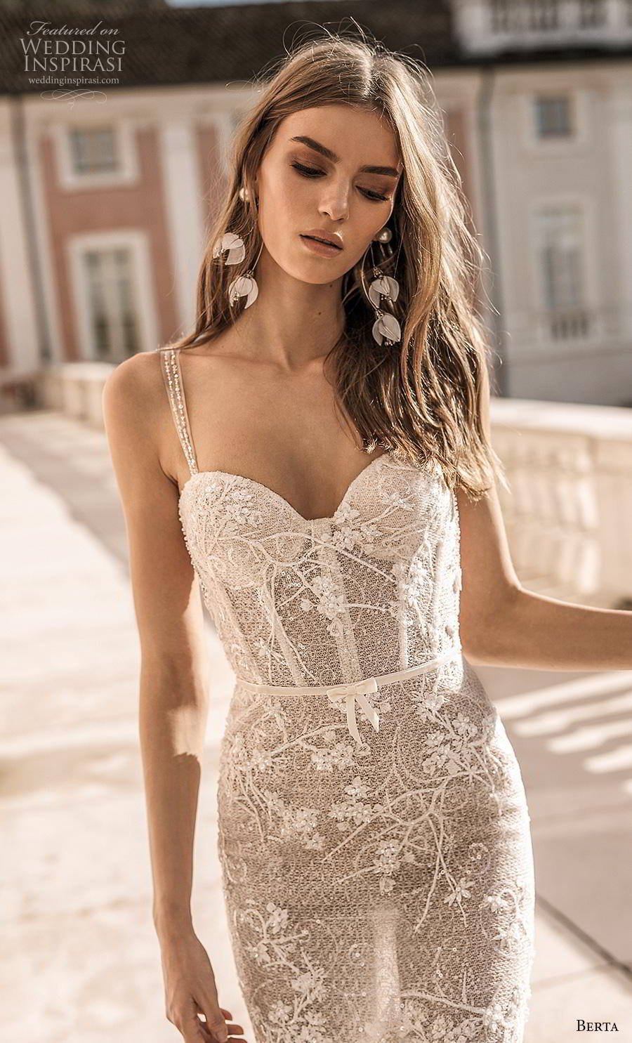 berta 2019 privee bridal thin strap sweetheart neckline heavily embellished bodice bustier sexy romantic mermaid wedding dress low open back backless chapel train (2) zv