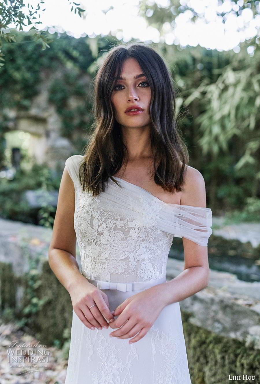 lihi hod 2019 bridal sleeveless one shoulder full embellishment romantic a  line wedding dress covered back chapel train (2) zv