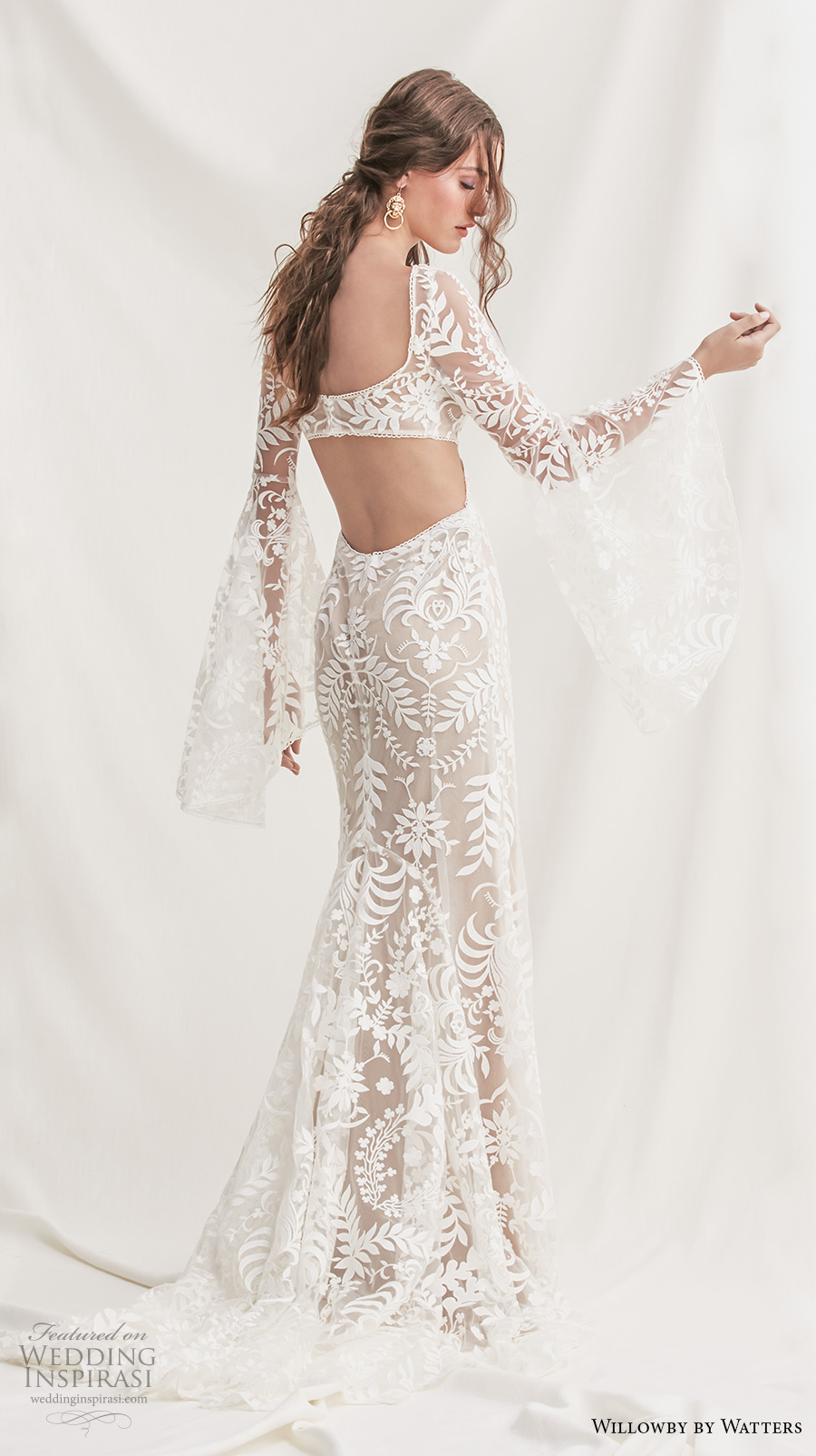 willowby by watters spring 2019 bridal long bell sleeves square neckline full embellishment bohemian elegant sheath wedding dress keyhole back sweep train (6) bv