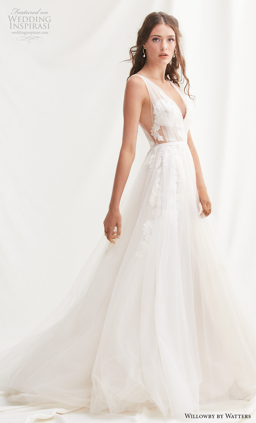 willowby by watters spring 2019 bridal sleeveless deep v neck heavily embellished bodice open side romantic a  line wedding dress backless v back chapel train (3) mv