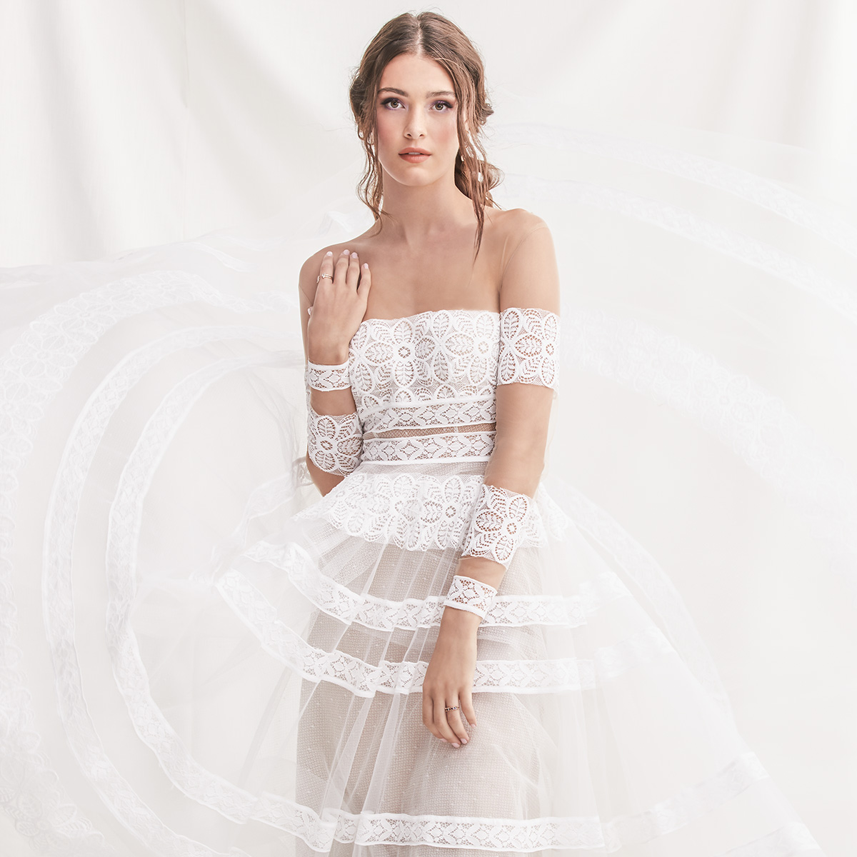 willowby by watters spring 2019 bridal wedding inspirasi featured wedding gowns dresses and collection